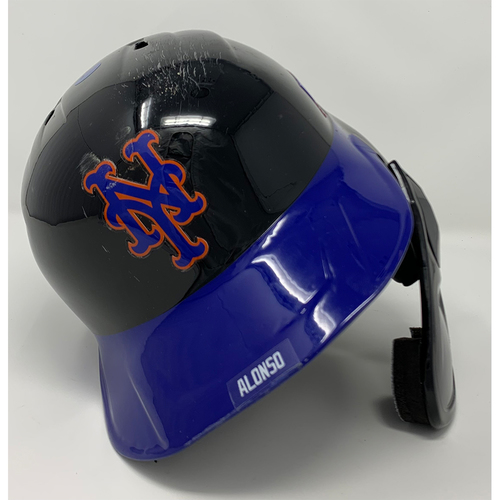 Photo of Pete Alonso #20 - Game Used Batting Helmet with American Flag Decal - 20th Anniversary Ceremony of 9/11/2001 - Mets vs. Yankees - 9/11/21