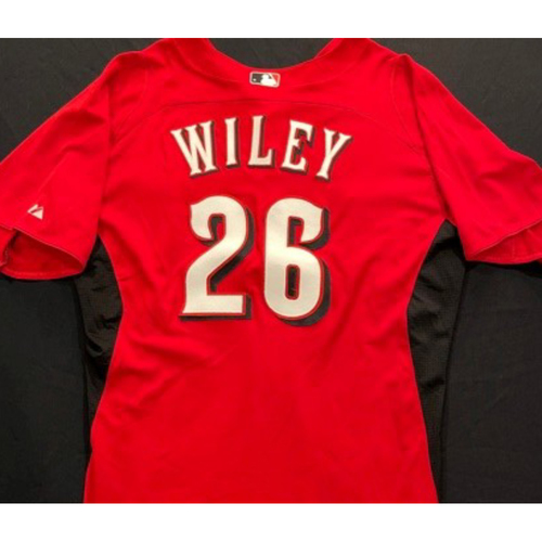 Photo of WILEY-26 -- Authentic Reds Jersey -- $1 Jersey Auction -- $5 Shipping -- Size 46 (Not MLB Authenticated)