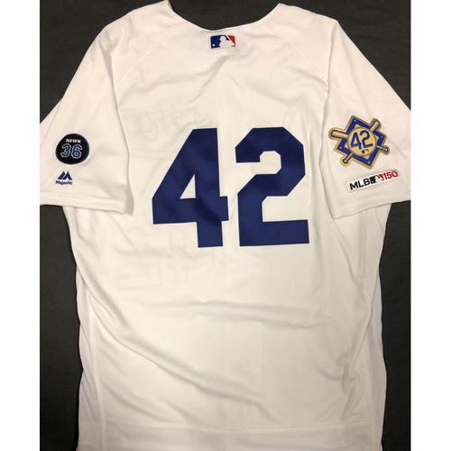 Photo of 2019 Game Used Home #42 Jersey worn by #30 Manager Dave Roberts on 4/15 Jackie Robinson Day against Cin. Dodgers 4-3 victory against Cincinnati. - Size 46