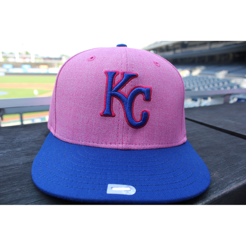 Photo of Game-Used Mother's Day Cap: Dale Sveum (Size 7 1/4 - KC at CLE - 5/13/18)