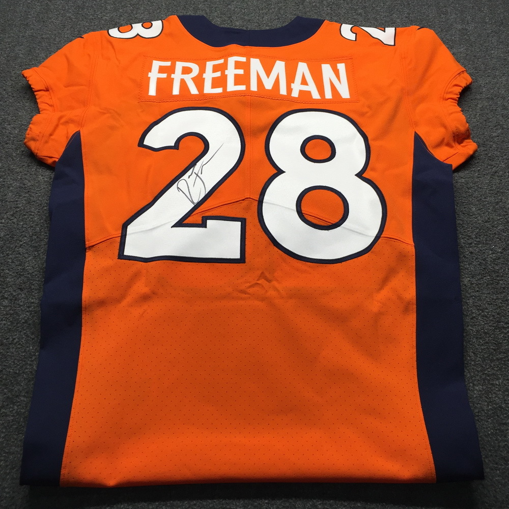 new styles 6ff5c 975ab NFL Auction | Crucial Catch - Broncos Royce Freeman Signed ...