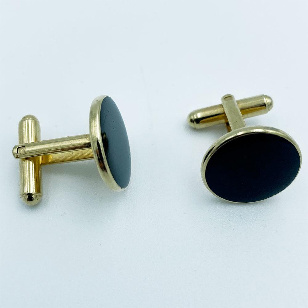 Gordie Howe's Black & Gold Cufflinks
