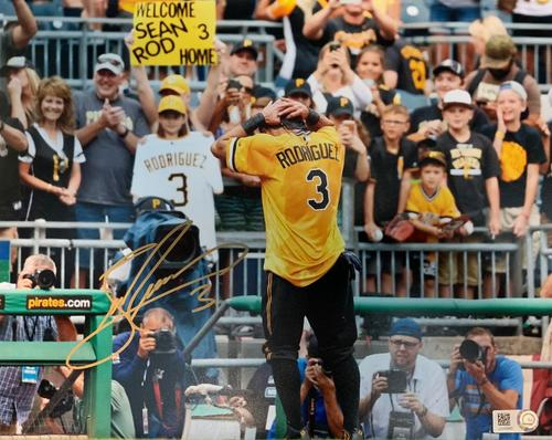 Photo of Sean Rodriguez Autographed 8 x 10 Photo - Gold Signature