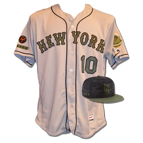 Photo of Gary DiSarcina #10 - Game Used Road Grey Memorial Day Jersey and Hat - Mets vs. Braves - 5/28/18