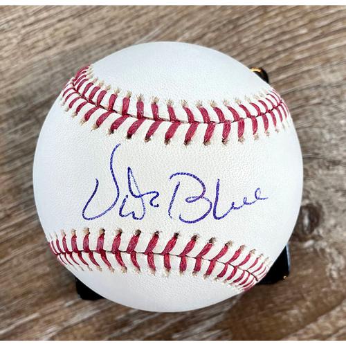 Photo of UMPS CARE AUCTION: Vida Blue Signed Baseball