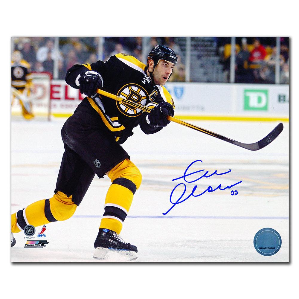 Zdeno Chara Boston Bruins CAPTAIN Autographed 8x10