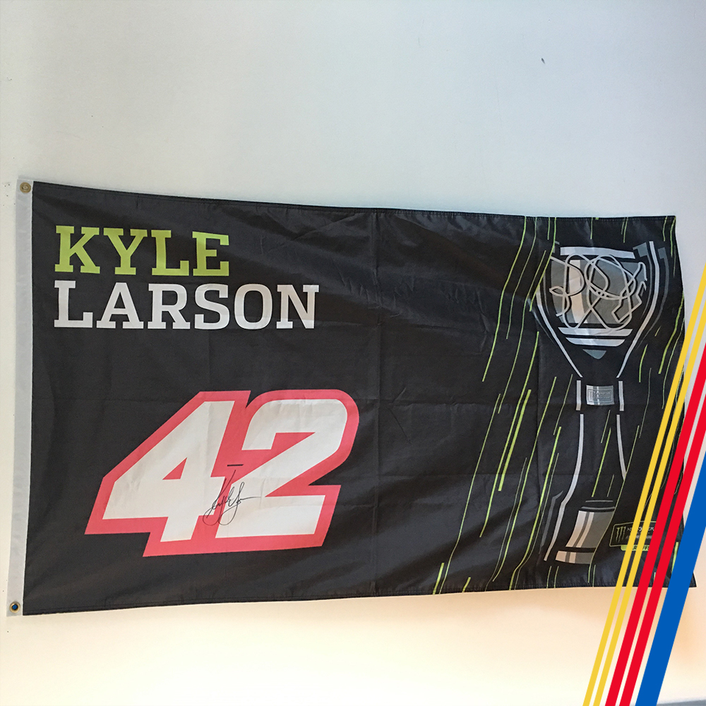 NASCAR'S Kyle Larson Autographed MENCS Playoff flag!