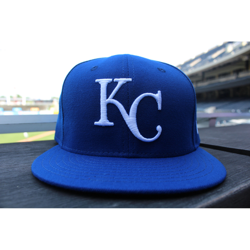 Photo of Game-Used 1969 Throwback Cap: Salvador Perez (Size 7 5/8 - NYY at KC - 5/19/18)