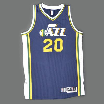 the latest b9622 dfb15 Gordon Hayward- Utah Jazz - Game-Worn Jersey - Kia NBA Tip ...