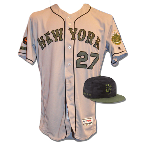 Photo of Jeurys Familia #27 - Game Used Road Grey Memorial Day Jersey and Hat - Mets vs. Braves - 5/28/18
