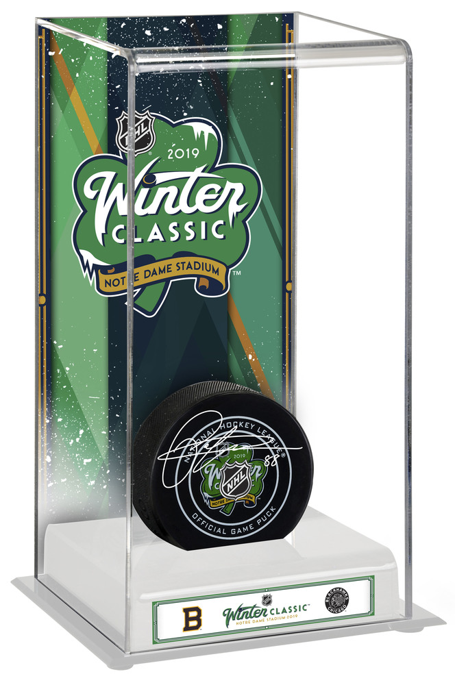 Patrick Kane Autographed 2019 NHL Winter Classic Boston Bruins vs. Chicago  Blackhawks Hocley Puck wth Deluxe Tall Hockey Puck Display Case e27c6f7f6