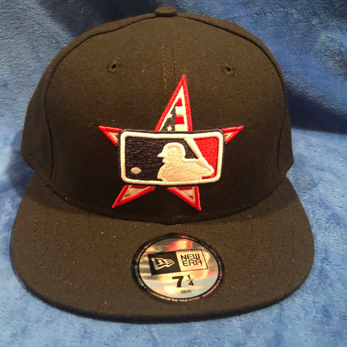 Photo of UMPS CARE AUCTION: MLB Specialty Background Star Umpire Base Cap, Size 7 1/4