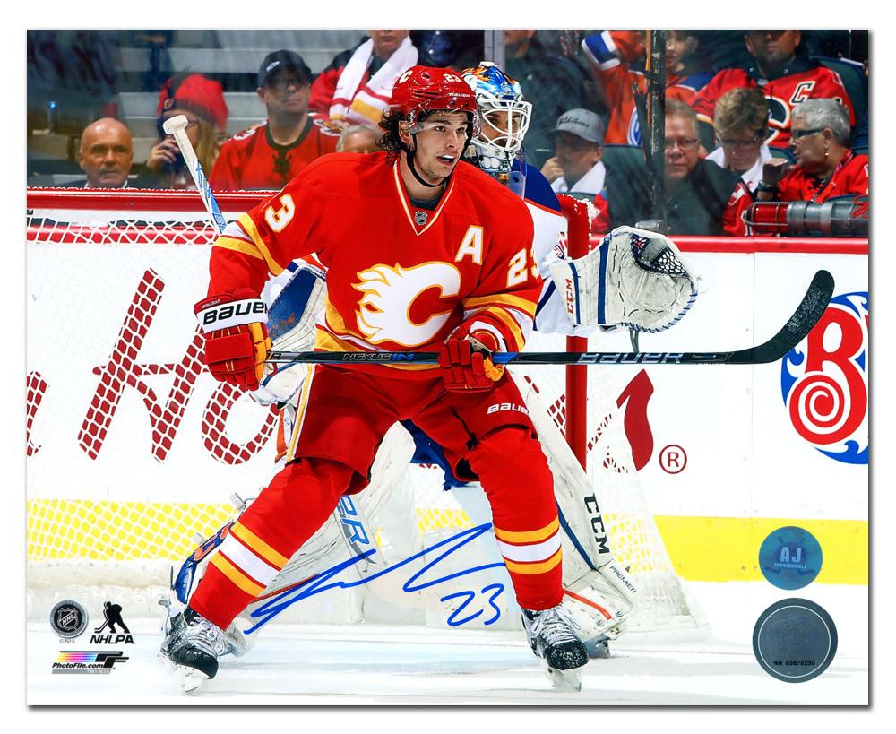 Sean Monahan Calgary Flames Autographed Retro Third Jersey 8x10 Photo