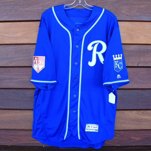 Team-Issued Jersey: Salvador Perez (Size 48)