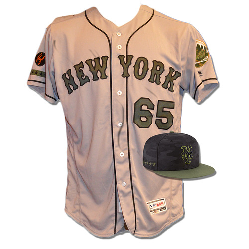 Photo of Robert Gsellman #65 - Game Used Road Grey Memorial Day Jersey and Hat - Mets vs. Braves - 5/28/18