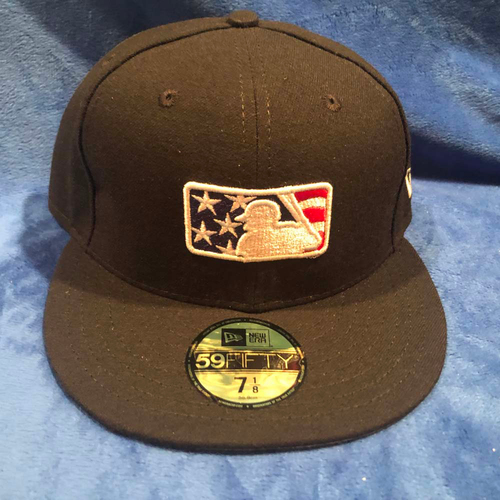 Photo of UMPS CARE AUCTION: MLB Specialty Stars and Stripes Umpire Cap, Size 7 1/8