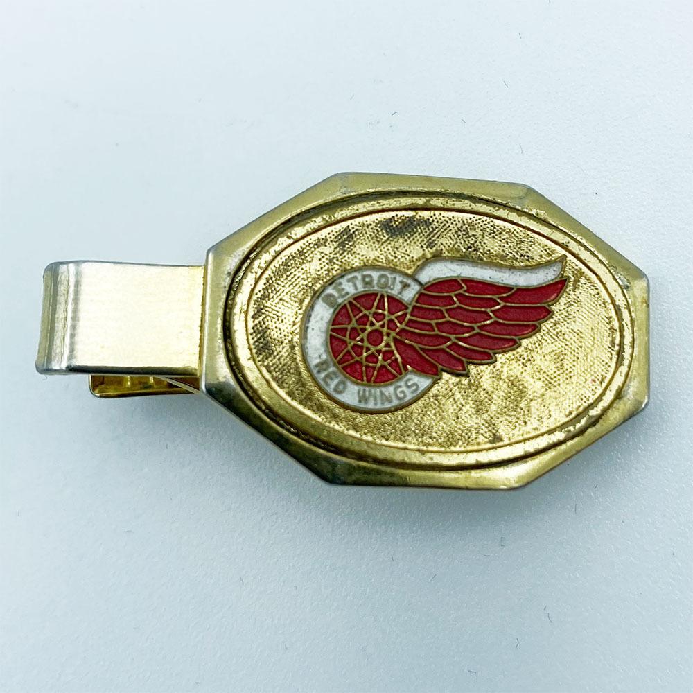 Gordie Howe's Detroit Red Wings Oval Tie-Clip
