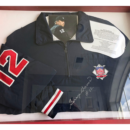 Photo of UMPS CARE AUCTION: MLB Gerry Davis Signed National League Jacket