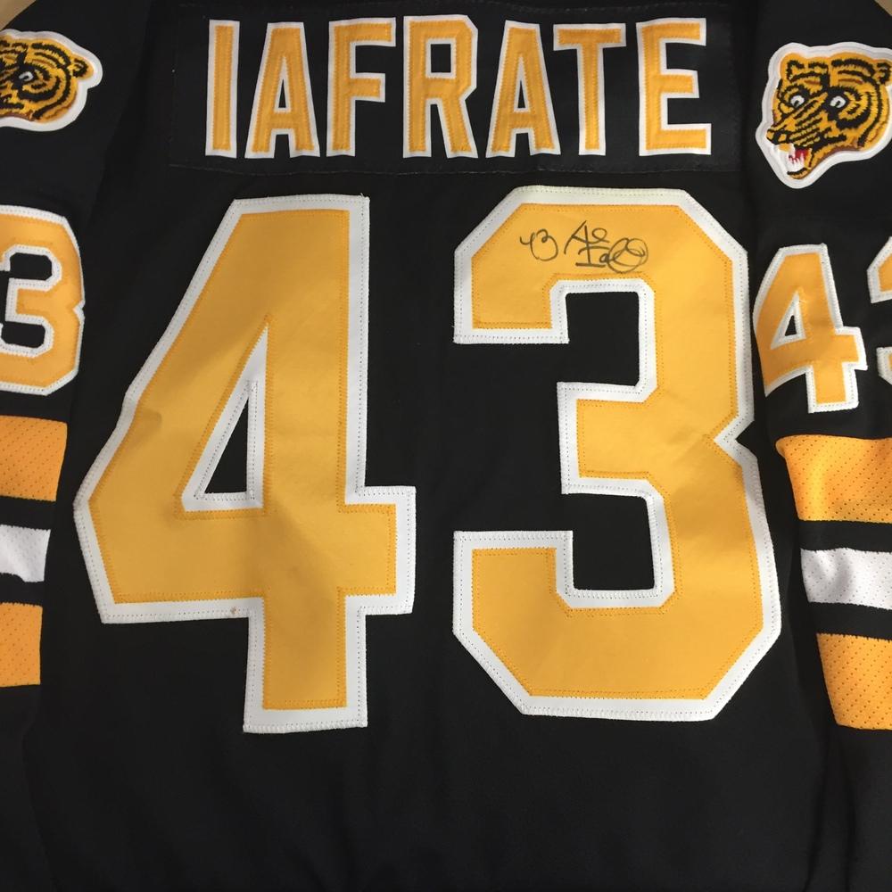 Al Iafrate 2016 NHL Winter Classic Alumni Game Worn Jersey - NHL ... bb8113a3bc2