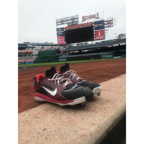 Max Scherzer Autographed and Game-used 300 Strikeout Game Cleats