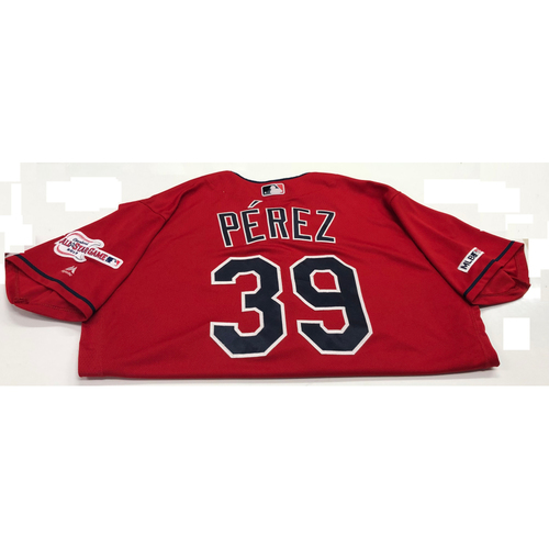 Photo of Oliver Perez Game Used 2019 Opening Day New Home Alternate (Red) Jersey