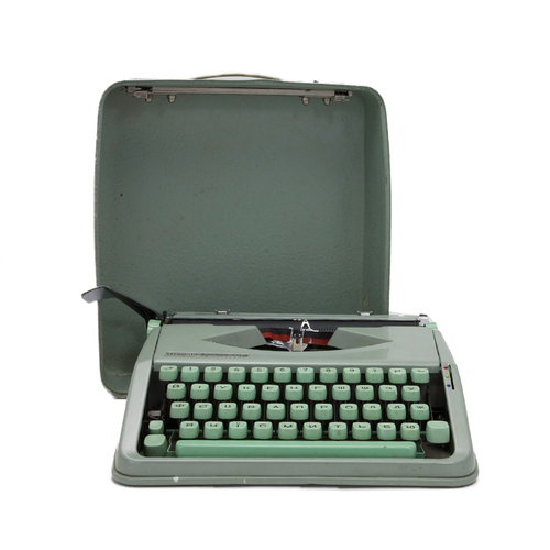 Photo of Russian Typewriter