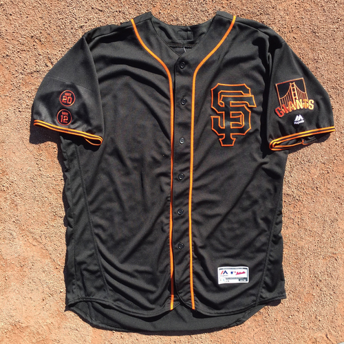 Photo of San Francisco Giants - 2016 Game-Used Jersey - Alt Black Jersey