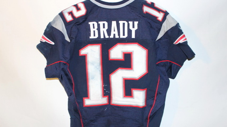 tom brady game worn jersey auction