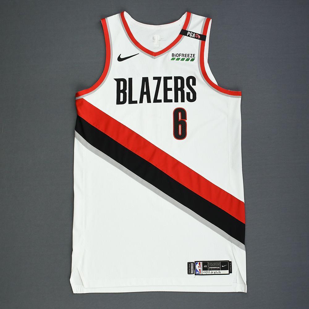 229135bdb Nik Stauskas - Portland Trail Blazers - Christmas Day  18 - Game-Worn  Association