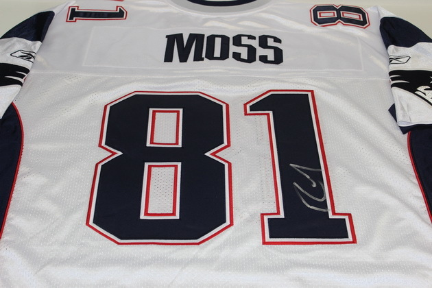 low priced d631b 54098 NFL Auction | PATRIOTS - RANDY MOSS SIGNED PATRIOTS REPLICA ...