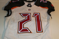 BCA - BUCCANEERS ALTERRAUN VERNER GAME WORN BUCCANEERS JERSEY (OCTOBER 30, 2016)