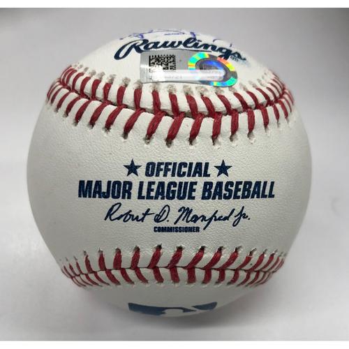 Photo of 2018 Atlanta Braves Infielders Autographed Baseball