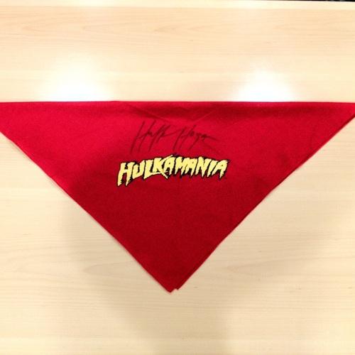 Hulk Hogan SIGNED Red Hulkamania Bandana