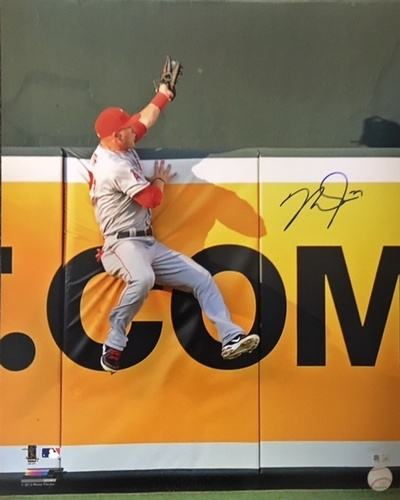 Mike Trout Autographed 16x20 - The Catch
