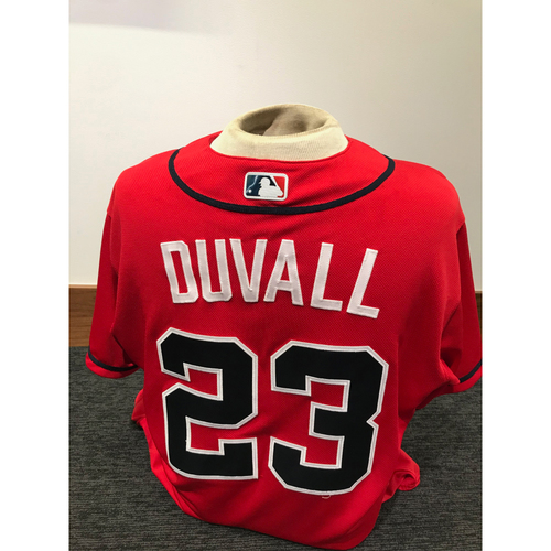 Photo of Adam Duvall 2019 Atlanta Braves Game-Used Los Bravos Day Jersey