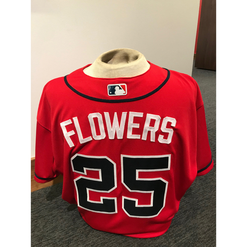 Photo of Tyler Flowers 2019 Atlanta Braves Game-Used Los Bravos Day Jersey (worn 1-4 innings)