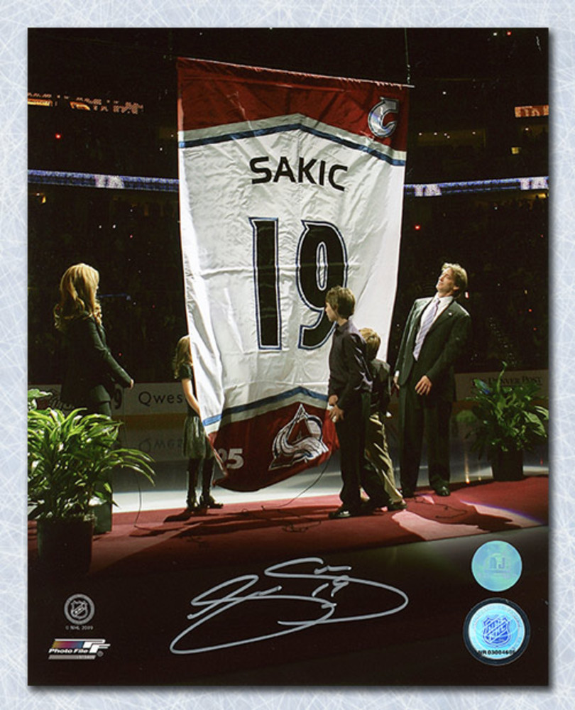 Joe Sakic Colorado Avalanche Autographed Banner Retirement 8x10 Photo