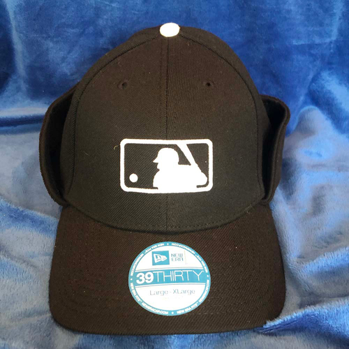 Photo of UMPS CARE AUCTION: MLB Cold-Weather Umpire Caps with Flaps, Size L/XL