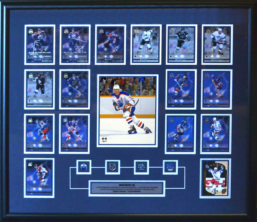 Wayne Gretzky - Framed MLG 8x10 Etched Mat - Featuring 15 Card Collection