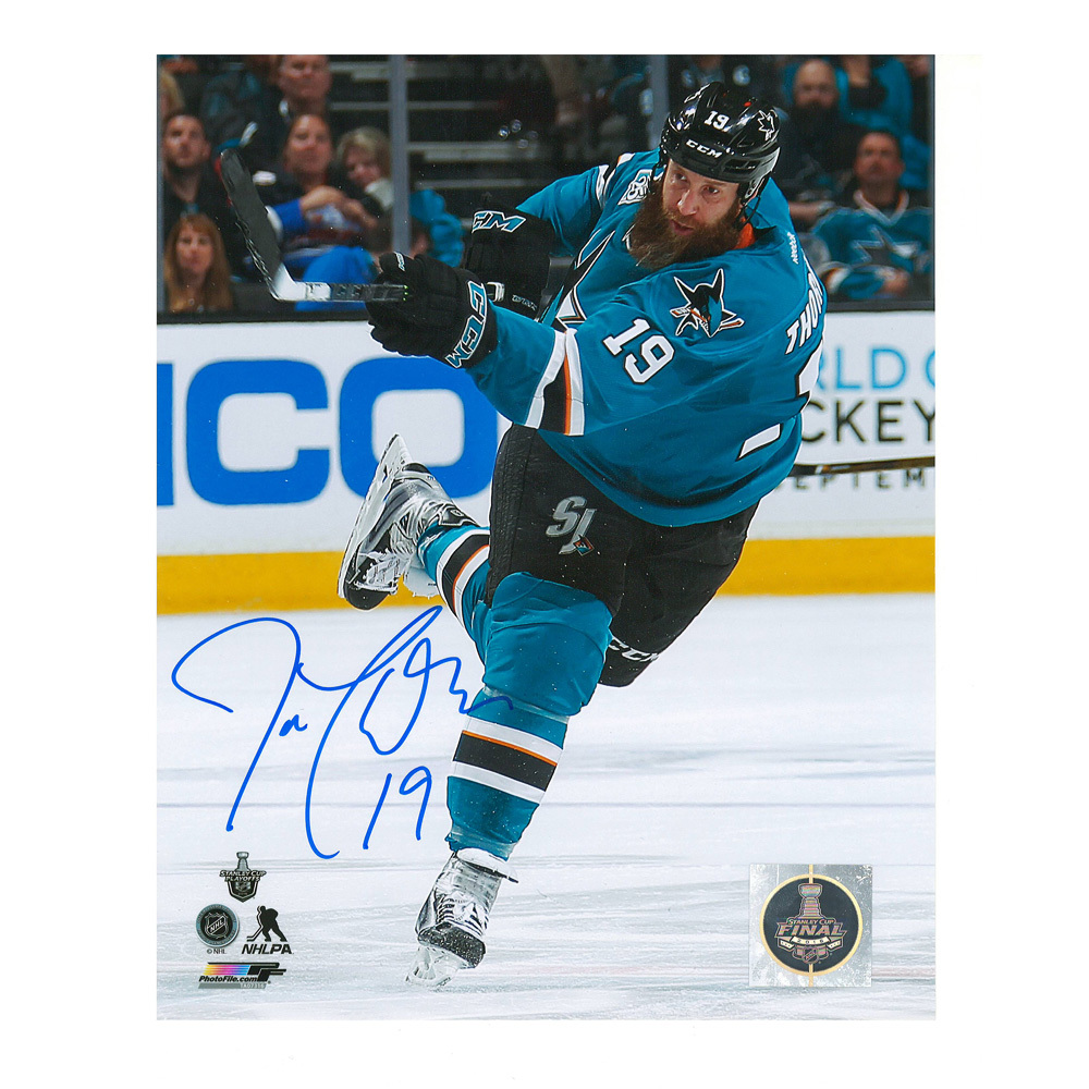 JOE THORNTON Signed San Jose Sharks 8 X 10 Photo - 70470