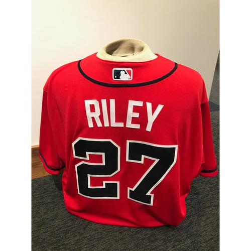 Austin Riley 2019 Atlanta Braves Game-Used Los Bravos Day Jersey