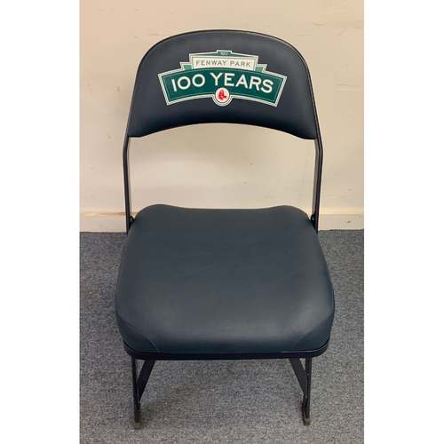 Photo of Mariano Rivera August 18, 2013 Game Used Visitor's Locker Room Clubhouse Chair