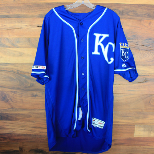 Photo of Game-Used Jersey: Ned Yost (Size 50 - KC @ MIN - 9/22/19)