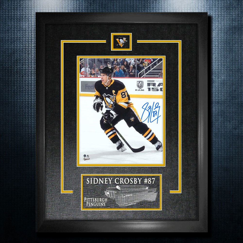 Sidney Crosby Pittsburgh Penguins Autographed 18x22 Frame