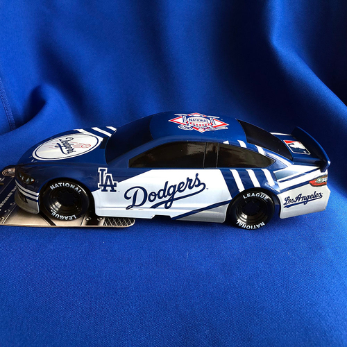 Photo of UMPS CARE AUCTION: Lionel Racing 1:18 Los Angeles Dodgers Stock Car