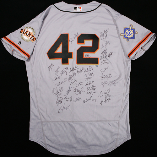 Photo of 2018 Jackie Robinson Day Jersey - San Francisco Giants Team Autographed Jersey
