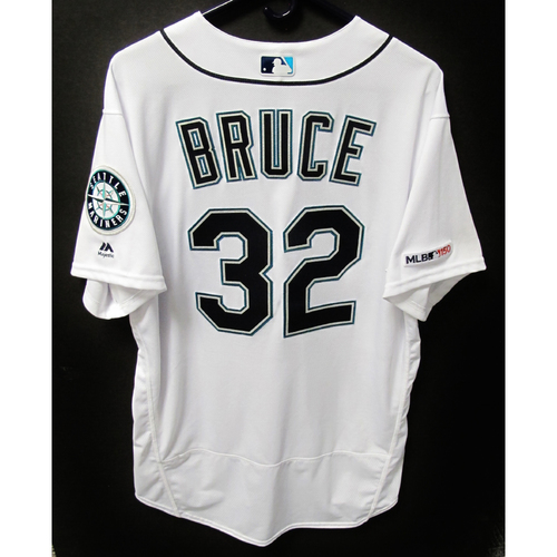 Photo of Seattle Mariners Jay Bruce Game-Used White Jersey - Athletics vs. Mariners - 5/14/19h