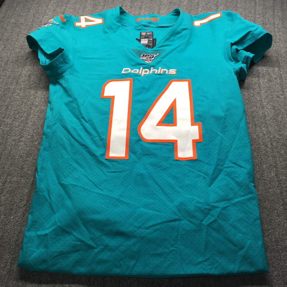 NFL Auction | Crucial Catch - Dolphins Ryan Fitzpatrick Game Used ...