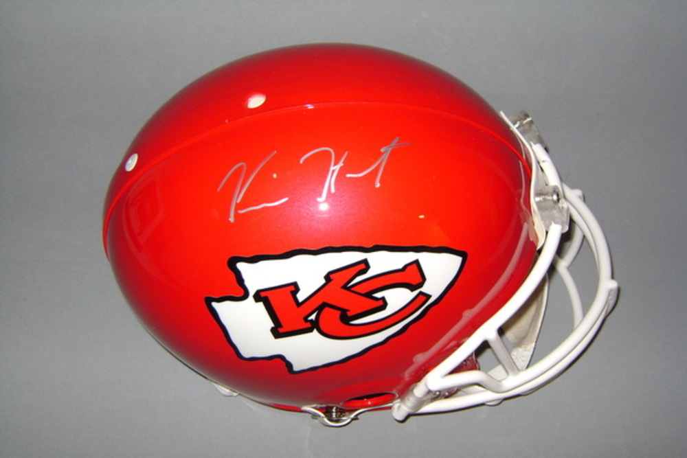 NFL - CHIEFS KAREEM HUNT SIGNED CHIEFS PROLINE HELMET
