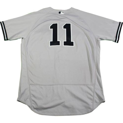 Photo of Brett Gardner New York Yankees 2017 Game-Used #11 Grey Jersey (6/16/2017) (Size 44)